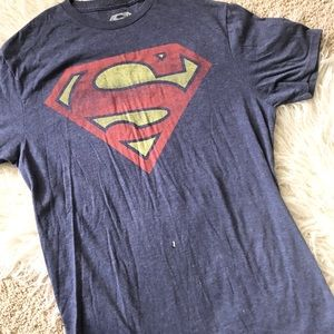 Superman T-Shirt Size Medium 🔹